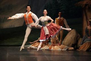 Giselle-Denise-Gazzo.Marco-Agostino-ph-Brescia.Amisano-Teatro-alla-Scala-IMG_7208-web